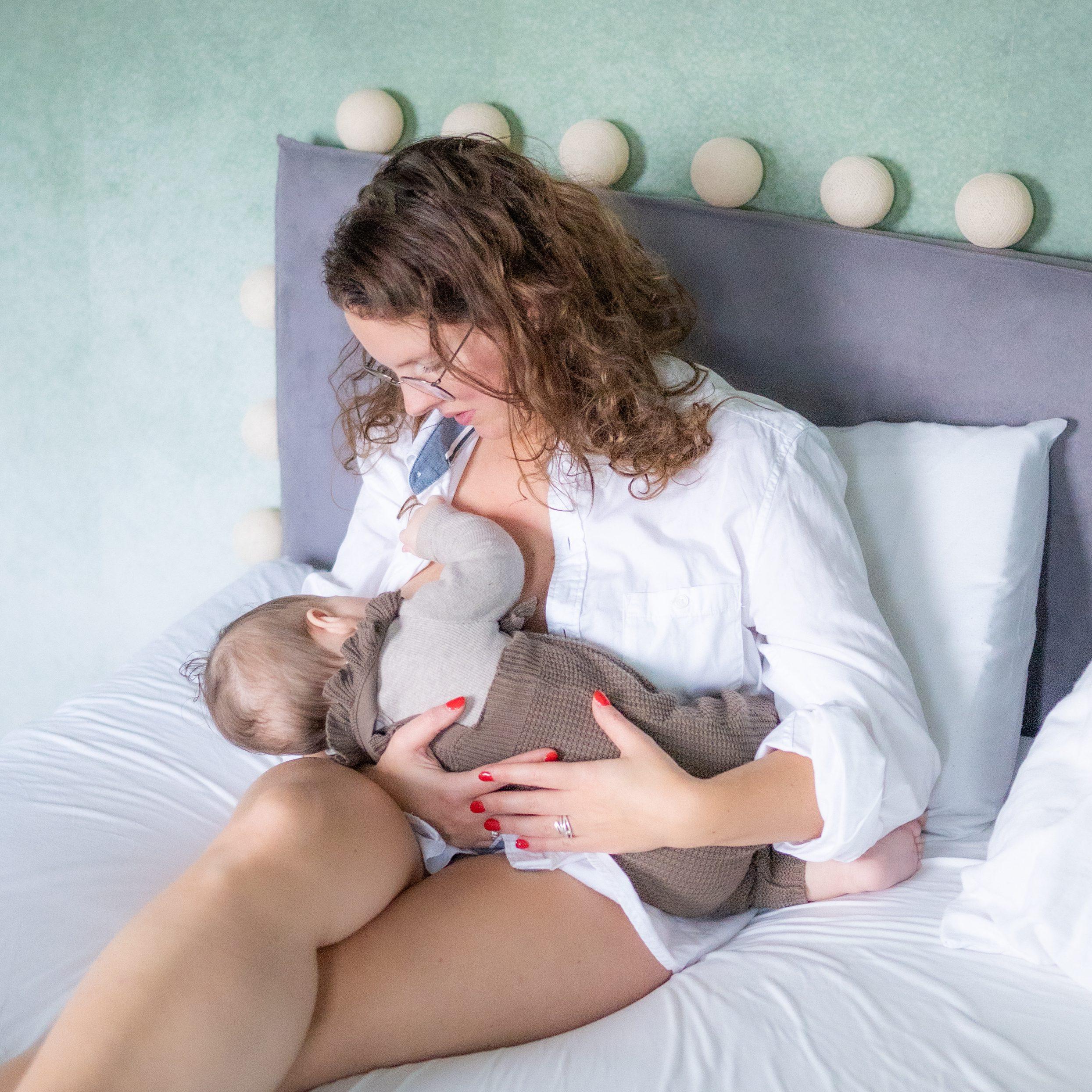 Sharon Leijs geboortefotograaf borstvoeding Rotterdam Hoekschewaard